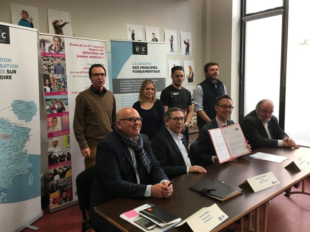 Signature du partenariat entre Carrefour France et le Réseau E2C